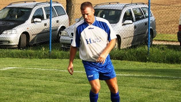 Bývalý ligový obránce Roman Klimeš zakončil hráčskou kariéru v rodných Moravanech u Kyjova.
