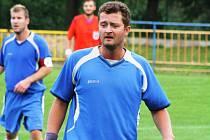 Záložník Starého Poddvorova Tomáš Cupal (na snímku) proměnil ve víkendovém zápase dvě penalty. Hosté díky tomu vyhráli v Nenkovicích 3:1.