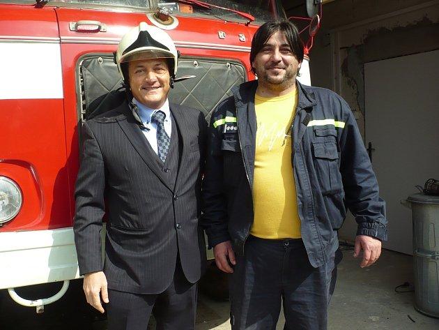 Poradce pro místní rozvoj a cestovní ruch Alessandro Alagio se setkal se starostou, tělesně postiženými, ale i hasiči z Blatnice pod Svatým Antonínkem.
