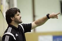 Pouze osm měsíců vedl trenér Radim Pernický házenkářky interligového Veselí nad Moravou. Od minulého týdne je jednačtyřicetiletý kouč bez angažmá.