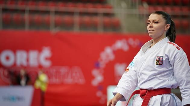Karatistka Veronika Mišková má ještě teoretickou naději, že se na olympiádě objeví.
