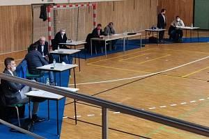 Volební valná hromada OFS Hodonín proběhla ve sportovní hale Teza.