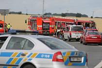 Mezi obcí Vnorovy a Strážníci se stala tragická dopravní nehoda. Zahynuli při ní čtyři lidé.