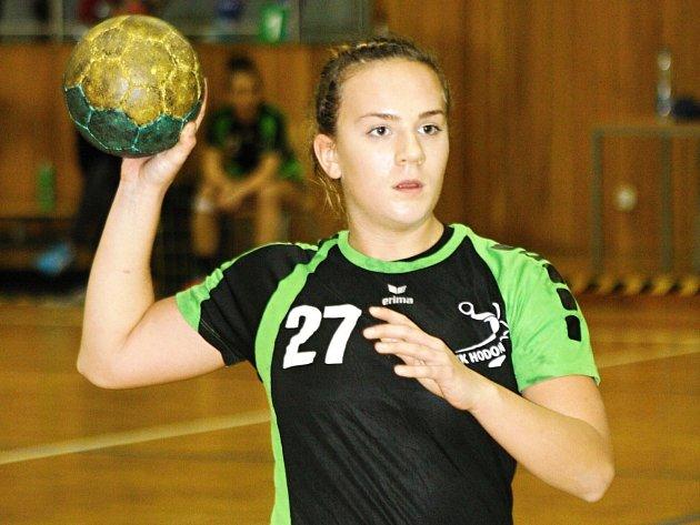 Starší dorostenky Hodonína budou na domácím turnaji spoléhat i na góly křídelnice Hedviky Novákové.