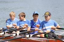 O víkendu se na řece Moravě uskuteční další ročník Hodonínské regaty s mezinárodní účastí. V sobotu jsou od jedenácti hodin na programu rozjížďky, o den později pak diváci uvidí finálové jízdy.