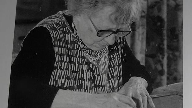 V březnu si připomeneme 120. výročí narození  Hanky Krawces, lužickosrbské umělkyně, která navštívila Kyjov i Hroznovou Lhotu a měla tam  i výstavy. FOTO: Archiv autora