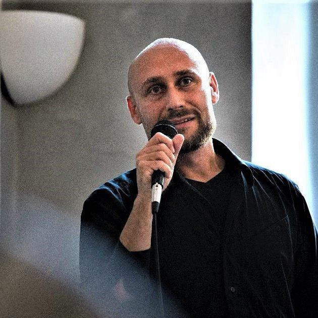 Jiří Bartoň.