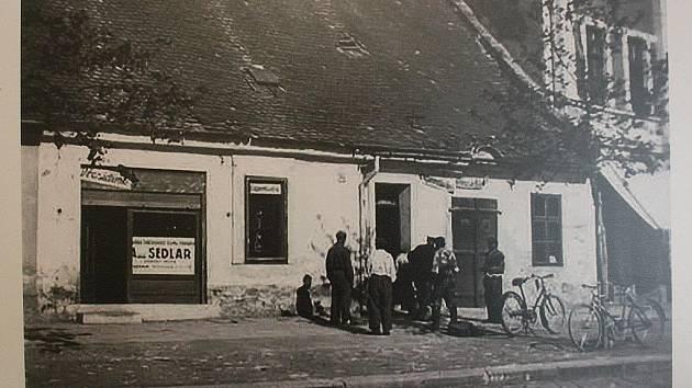 Výstava Masarykovo náměstí v proměnách času.