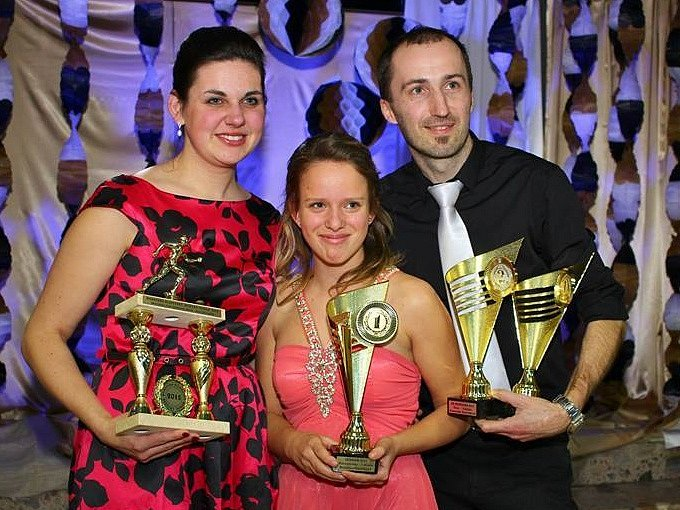 Sedmadvacetiletá závodnice z Rohatce Dominika Durďáková skončila v Moravsko-slovenském běžeckém poháru 2015 druhá mezi ženami.