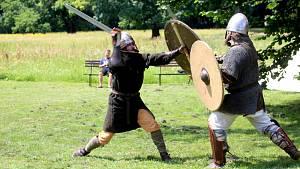Léto na Mikulčických valech nabídlo souboje i raně středověký tábor.