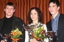 Nejlepší sportovci Hodonínska pro rok 2009. Vlevo Ján Medvecký (přebíral cenu za třetí Hanu Matelovou), uprostřed vítězka Sylva Škabrahová a vpravo Milan Viktora.