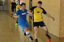 Beastie Boys (ve žlutočerných dresech) v úvodním zápase druhého kola JM Sport ligy deklasovali svatobořický Ocelit 14:3.