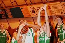 Kyjovské basketbalistky v duelu s brněnským Valosunem. Ilustrační foto