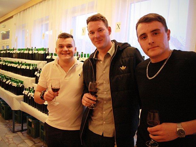 Šestnáctý ročník koštu vín v Moravanech.