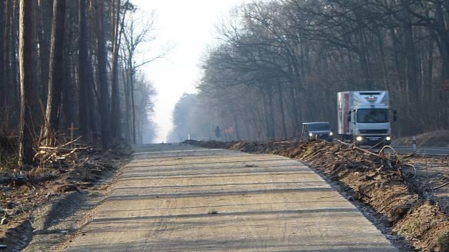 Stav cyklostezky mezi Ratíškovicemi a Hodonínem v polovině února.