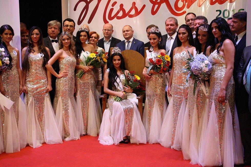 Česko-Slovenská Miss Roma 2016 v Hodoníně. Romskou královnou krásy se pro tento rok stala Adriana Malíková ze slovenských Gbel.