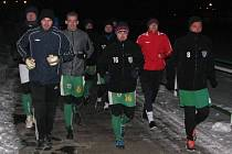 Fotbalisté divizního Bzence v úterý zahájili zimní přípravu. Hráči Slovanu na úvod absolvovali několik kilometrových okruhů.