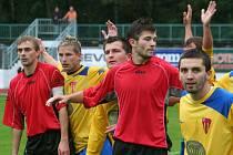 RSM Hodonín (v červeném) vs. Sokol Tasovice 4:0.