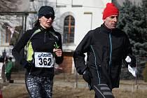 Zkušená veselská vytrvalkyně Marta Durnová (na snímku vlevo) skončila v úvodním závodě letošního Moravsko-Slovenského běžeckého poháru 2017 ve své věkové kategorii třetí.