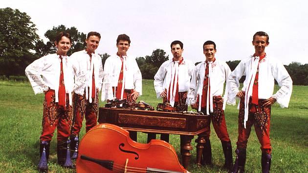 Cimbálová muzika Slovácko mladší