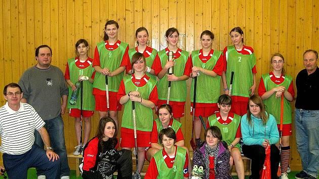 Florbalistky Hroznové Lhoty si v žákovské lize vedou velmi dobře.