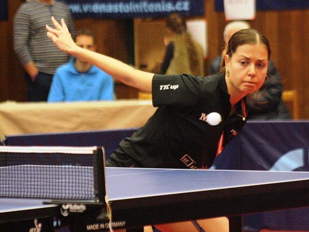 Česká reprezentantka Kateřina Pěnkavová (na snímku) neměla v zápase s Řeznovicemi stejně jako zbytek hodonínského týmu žádné problémy.