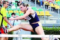 ZA REKORDEM. Lucie Škrobáková ve třetím kole extraligy na Kladně zaběhla nový národní rekord 12:73. Kdyby podobný čas atletka USK Praha atakovala i na srpnovém mistrovství světa, mohla by si z Berlína přivézt hodně slušné umístění.