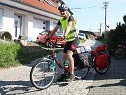 Pavel Novotný vyjel na svoji cestu z Čejkovic pod Mont Blanc.