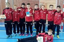 Mladší žáci divizního Hodonína obsadili na halovém turnaji ve Spytihněvi druhé místo. Na Zlínsku se ale nehrálo na body, nýbrž na počet vstřelených branek.