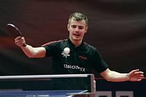 Oleksansdr Tymofjejev naskočil do druhého čtvrtfinále, ale zkušenému Prokopcovovi podlehl 1:3 na sety.