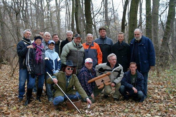 Ratíškovičtí houbaři opět symbolicky zamčeli les.
