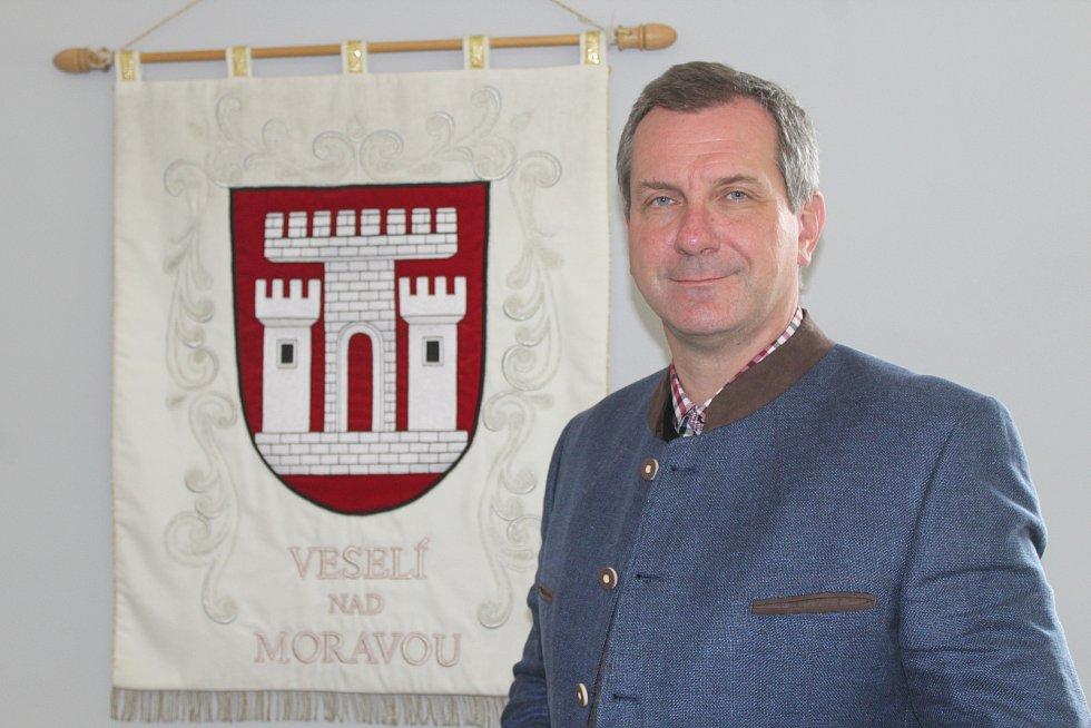 Starosta Veselí nad Moravou Petr Kolář.