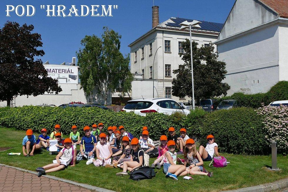 Na komentované prohlídce se děti dozvěděly vše potřebné, co by o svém městě Hodonín měly vědět.