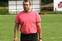 Známý podnikatel Marek Fric bude fotbal v Lovčicích podporovat i nadále. Vítěz první B třídy bude hrát i nadále nejnižší krajskou soutěže.