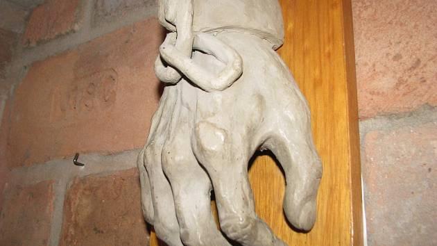 Díla malíře Oldřicha Pindy představují lužický Starý kvartýr.