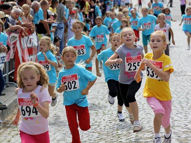 Patnáctý ročník populárního závodu Vnorovská desítka se nesl ve znamení rekordů.