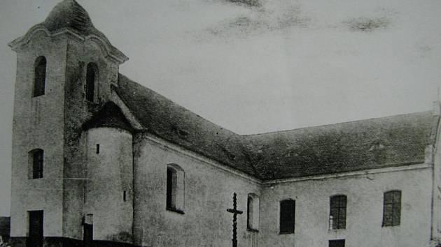 Vnorovský kostel Svaté Alžběty slaví sto let od vysvěcení.