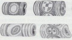 Ukázka korálů s mozaikovými očky z moravského území.