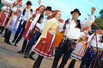 Největší horňácký folklorní svátek – Horňácké slavnosti – začal v pátek ve Velké nad Veličkou.