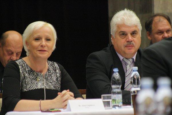 První místostarosta Hodonína Vítězslav Krabička a radní Jana Gajošová (Změna).