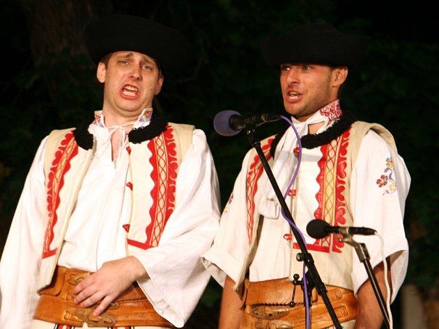 Ve Strážnici se koná sedmašedesátý ročník Mezinárodního folklorního festivalu.