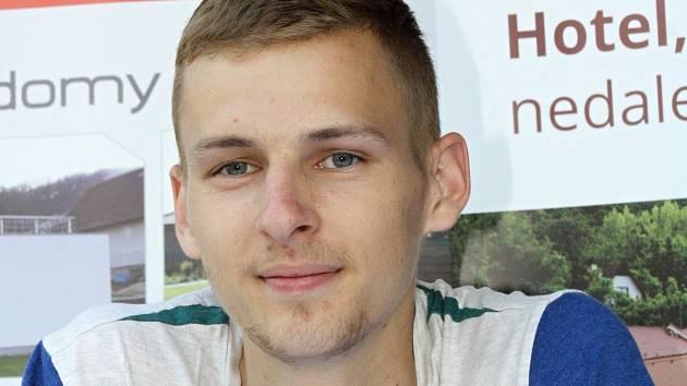Jednadvacetiletý hodonínský běžec Filip Sasínek se stal atletickým objevem roku 2016. Svoji výkonnost potvrzuje i v letošní halové sezoně.