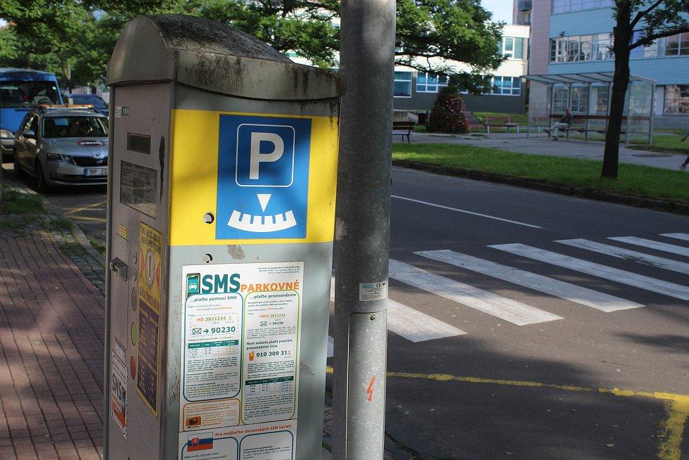 Parkovací automat v Hodoníně na Národní třídě.