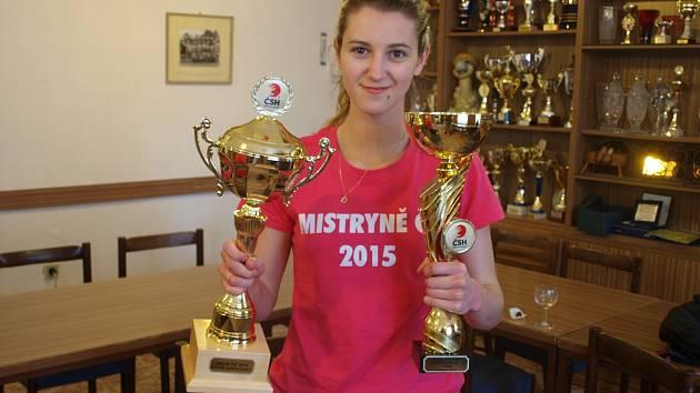 Hodonínská odchovankyně Dagmar Beranová získala se staršími dorostenkami Olomouce mistrovský titul a ovládla i Česko-slovenský pohár 2015.