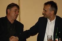 Známý ratíškovický funkcionář Petr Kotásek byl znovu zvolen předsedou Okresního fotbalového svazu Hodonín. Páteční valné hromady se v restauraci Rozmarýnek zúčastnilo 56 delegátů.