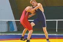 Tým Sokola Hodonín ovládl soutěže družstev na mistrovství České republiky žáků a juniorů v zápase řecko-římském.