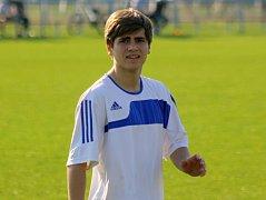 Fotbalisté Blatnice prohráli v posledním zápase letošní sezony s Lednicí 1:2. Mladý záložník Tomáš Naňák (na snímku) se proti Moravanu střelecky neprosadil.