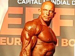 Kulturista Pavel Forman získal v kategorii Master bronz.