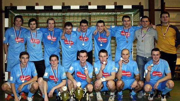 Letošní ročník Kyjovské halové ligy vyhrál tým Zweigeltrebe.