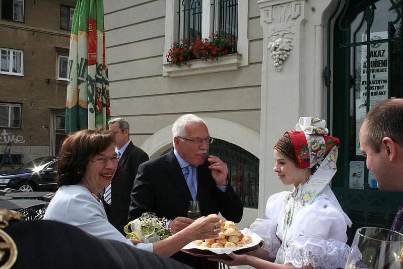 Prezident Klaus s manželkou Livií na Hodonínsku.